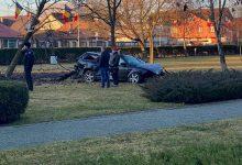 Photo of FOTO. A fugit de polițiști și a ajuns cu mașina în interiorul parcului de la Coloana Infinitului Târgu Jiu!
